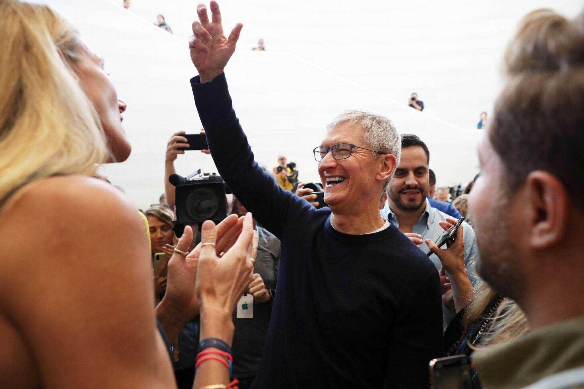apple becomes most valuable company in the world